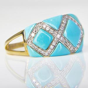 Yellow Gold Turquoise and Diamond Ring